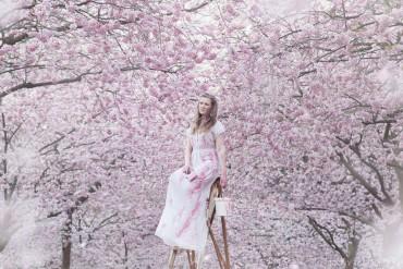 'THE BURDEN' – a portrait of unrealistic beauty ideals