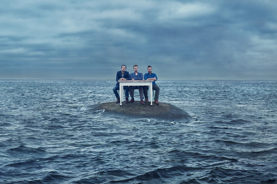Music album cover art for Solala – stormy portraits in Göteborg